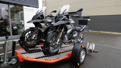 Remolque DUO con 2 motos