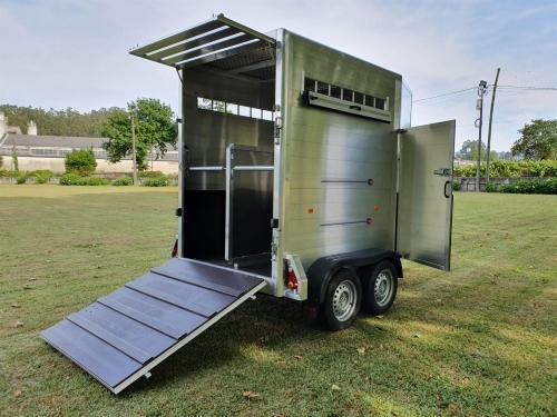 Remolque de caballo aluminio 7